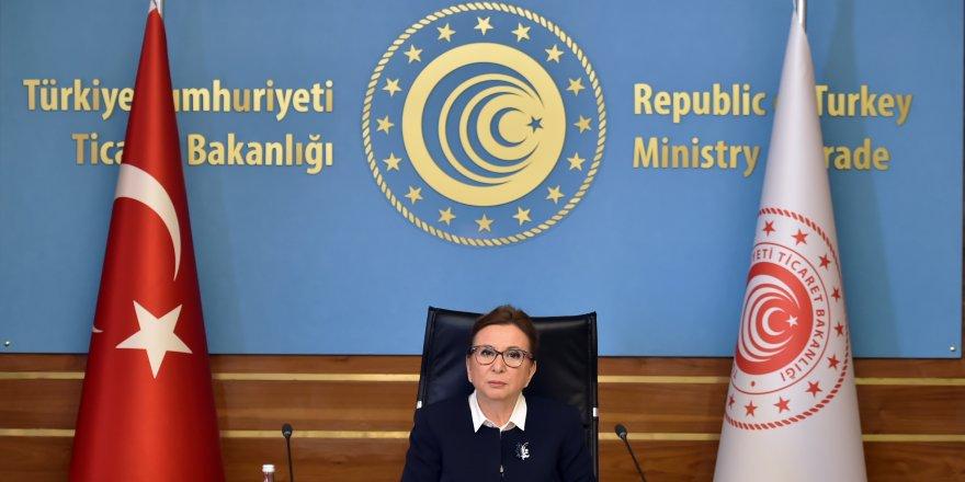 """Bakan Pekcan: """"Bakü-Tiflis-Kars demiryolu 2 bin 500 ton kapasiteyle bütün ticaret dünyasının hizmetine açık"""""""