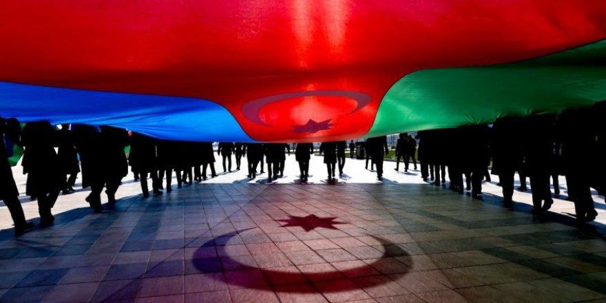 28 Mayıs - Azerbaycan Cumhuriyeti`nin Cumhuriyet Bayramı