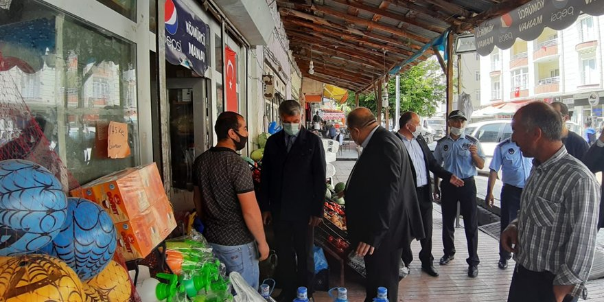 Kağızman Belediye Başkanı Yıldız, esnafı dinledi