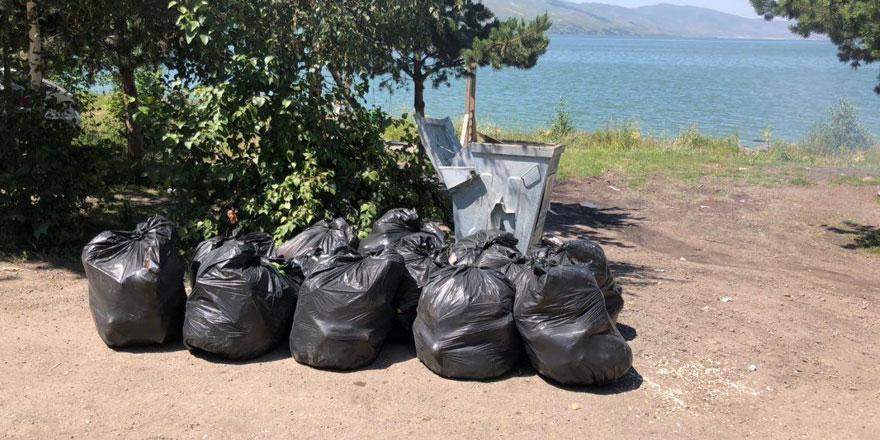 Yetkililer sessiz kalmadı, çöpler alındı!