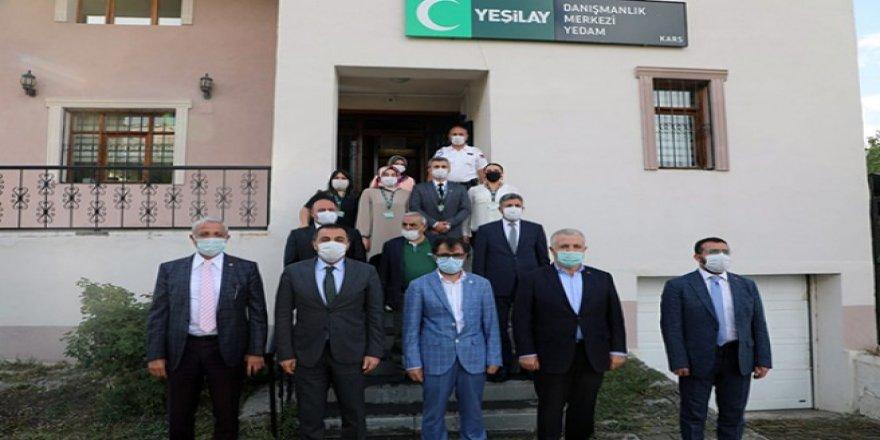 Vali Türker Öksüz ile Milletvekilleri Arslan ve Kılıç Yeşilay'ı ziyaret etti