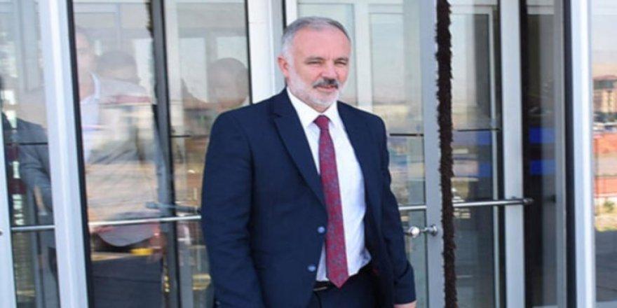 Gözaltındaki Kars Belediye Başkanı Ayhan Bilgen'den Mesaj Var