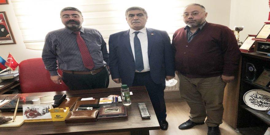 CHP Kars İl Başkanı Taner Toraman, Gazeteciler Cemiyetini ziyaret etti