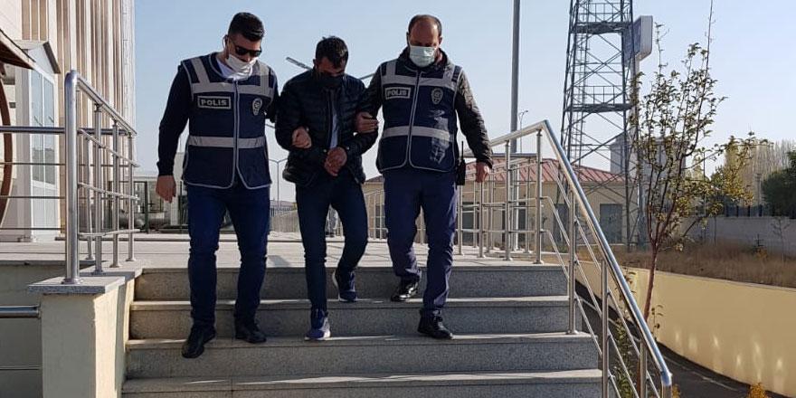 Kars'ta 'akü' hırsızları tutuklandı!
