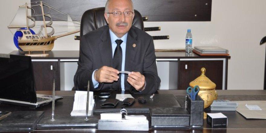"""Mahmut Esat Güven :  """"Hava kurşun gibi ağır"""""""