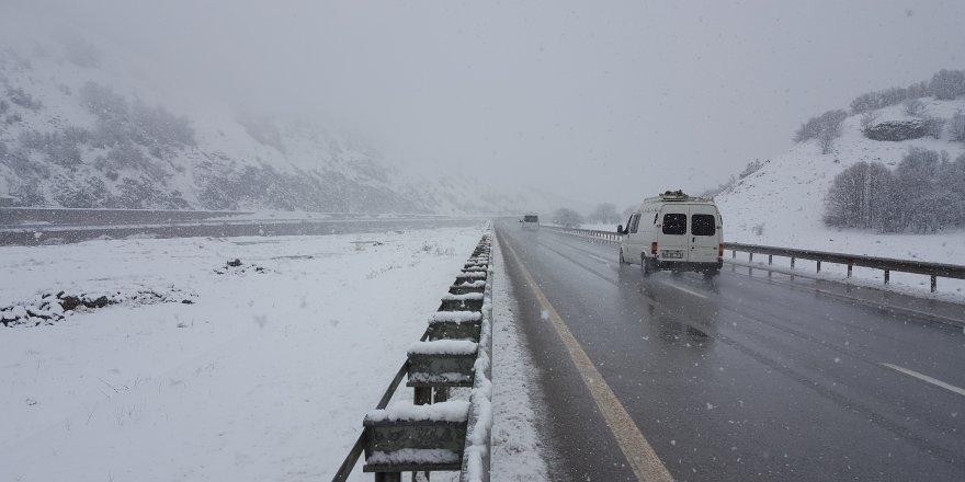 Doğu Anadolu'da 3 ilin yüksek kesimlerinde kar yağışı bekleniyor