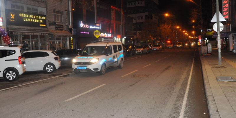 Sokağa çıkma yasağı Kars'ta başladı