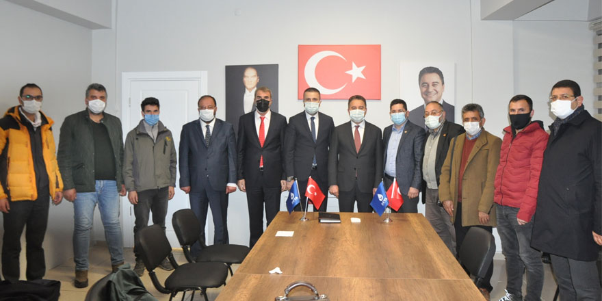 DEVA Partisi Genel Başkanı Ali Babacan, Kars basınıyla buluştu