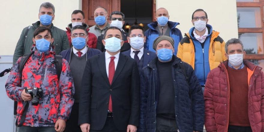 Vali Öksüz açıkladı; Koronavirüs aşısı Kars'a ne zaman gelecek?