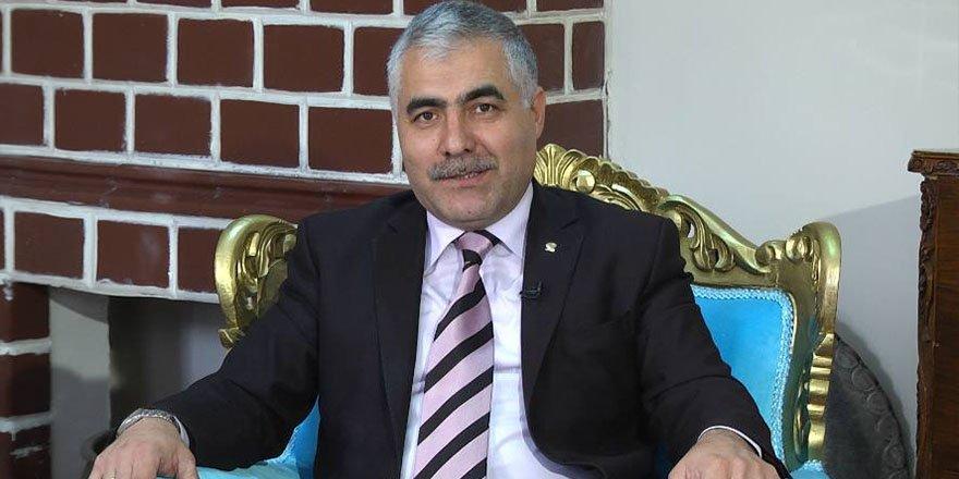 """Çetin Adıgüzel'den tarihi bir yazı : Atatürk'ün Kars'a gelişi ve """"Hoş Gelişler Ola"""" türküsü ve oyunu"""