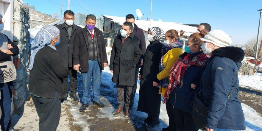 AK Parti İl Başkanı Adem Çalkın, mahalle ve köylerde sorunları dinledi