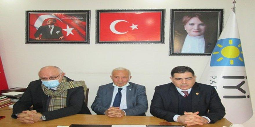 İYİ Parti Milletvekilleri Kars'ta, incelemelerde bulundu