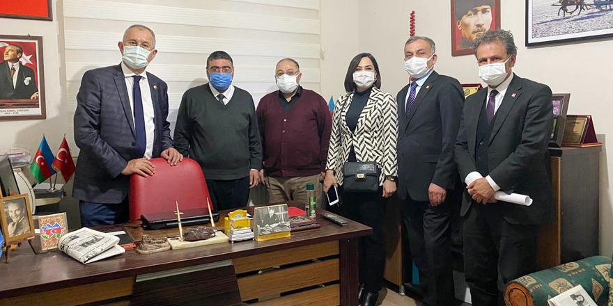 CHP Milletvekilleri Sertel ve Yüceer, basının sorunlarını dinledi
