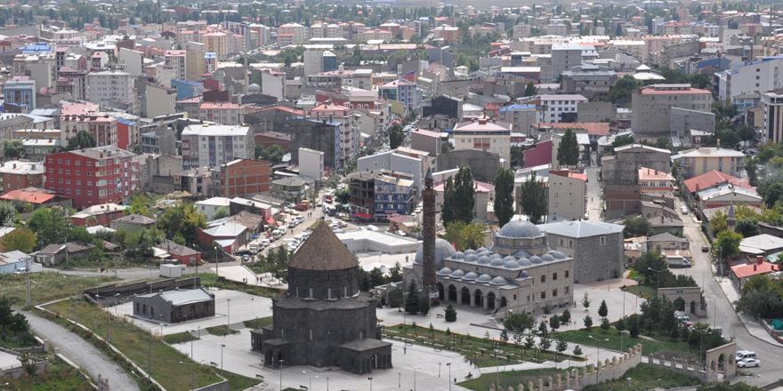 Serhat şehir Kars, Doğu'nun parlayan yıldızı olma yolunda hızla ilerliyor