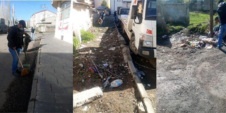 Kars Belediyesi, temizlik çalışmalarına aralıksız devam ediyor