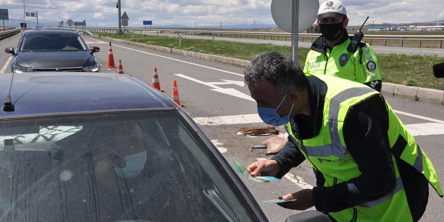 Polisten Trafik Haftası etkinliği