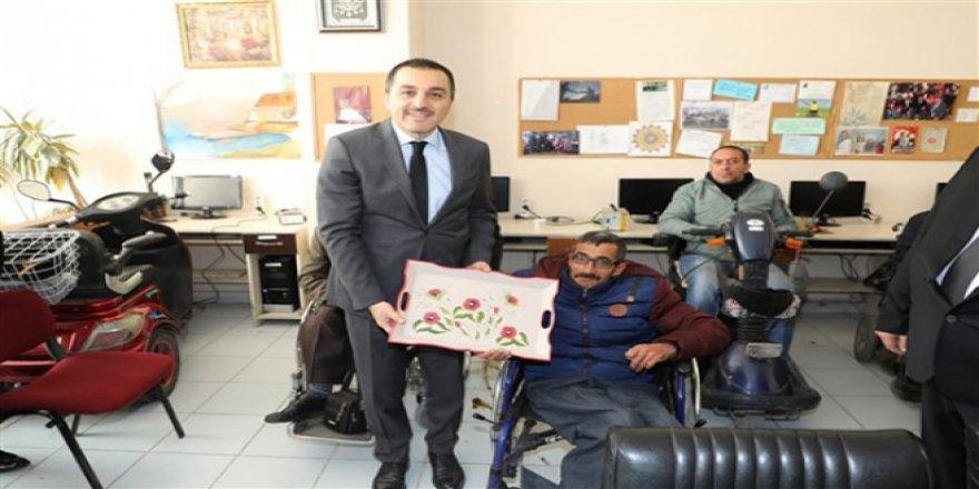 Kars Valisi Türker Öksüz : Engelli Vatandaşlarımızın Yanındayız