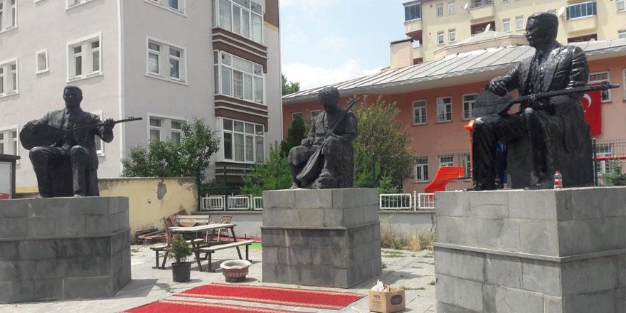 9'uncu kez kırılan heykeller yapıldı