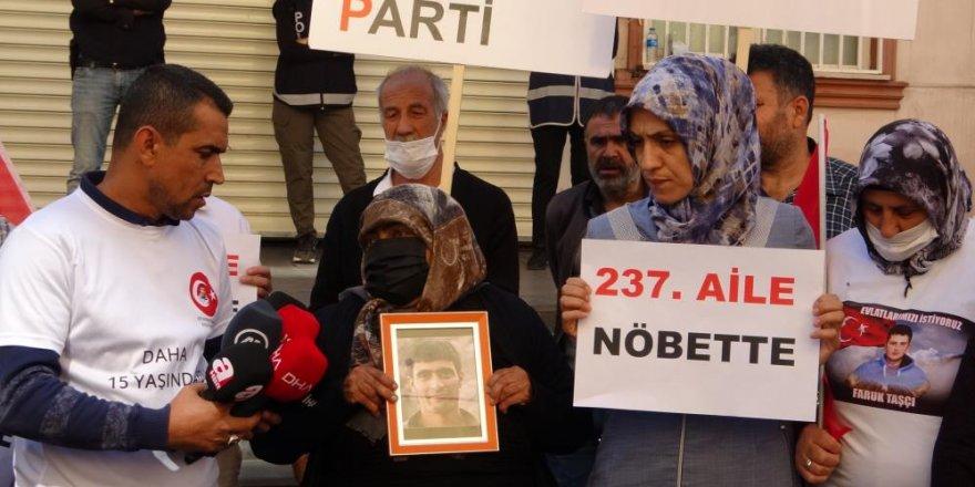 PKK'dan Oğlu Erhan Mingsar'ı istemek için Kars'tan Diyarbakır'a gitti