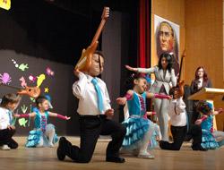 80. Yıl Anaokulu'ndan Gösteri