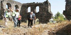 Kümbet Camii ve Beylerbeyi sarayında inceleme