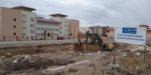 İŞKUR Hizmet Binasının Temel Kazısı Başladı