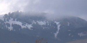 Sarıkamış Kayak Merkezi beyaza büründü