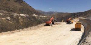 Karakurt Barajı ve Hidroelektrik santralı inşa ediliyor