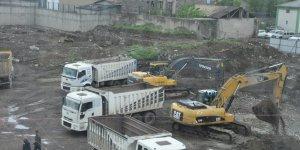 Kars'ta Sultan Alpaslan Külliyesi inşaatı hız kesmeden devam ediyor