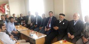 Talip Uzun, Ak Parti'ye destek için Kars'ta çalışmalarını sürdürüyor