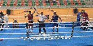 Karslı boksör Tuğrulhan Erdemir, Dünya ve Avrupa Boks Şampiyonu