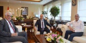 Milletvekilleri Kılıç ve Ayrım Yeni Ulaştırma Bakanı'nı Ziyaret Etti