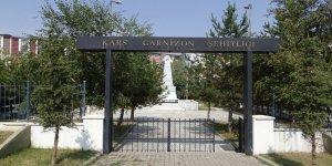 Kars Garnizon Şehitliği sadece törenlerde hatırlanıyor