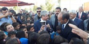 Kars'ta İlköğretim Haftası töreni