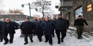 AK Parti Kars'ta saha çalışmalarına başladı