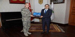 Tuğgeneral Kırış'tan Vali Öksüz'e ziyaret