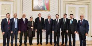 Azerbaycan Cumhurbaşkanı Aliyev, TBMM Türkiye-Azerbaycan Parlamentolar Arası Dostluk Grubu'nu kabul etti.