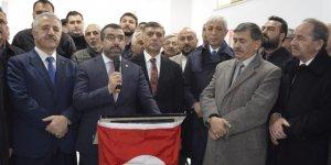 Kars'ta Devlet'in Eli Çetin Nazik'e Ak Parti'den Büyük Destek