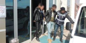 Kars'ta kablo hırsızları tutuklandı
