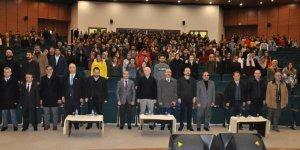 """KAÜ'de """"Türkiye'nin 2050 Vizyonu"""" konferansı"""
