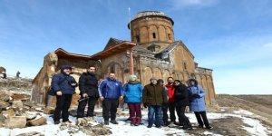 """Rus gazeteciler: """"Kars ve Ardahan büyüsü bozulmamış bir coğrafya"""""""