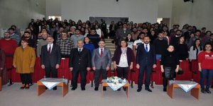 """KAÜ'de """"Yazma Kültürü ve Yazma Bilinci"""" konferansı"""