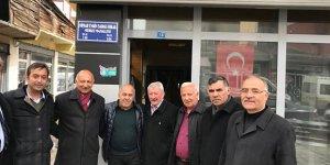 İYİ Parti Adayı Settar Kaya, esnafları ziyaret etti