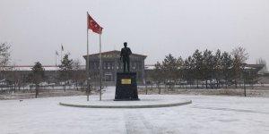 Kars'ta Mart ayında kar sürprizi