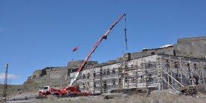 Kars Beylerbeyi Sarayı'nda çalışmalar yeniden başladı