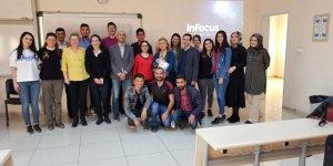 Kafkas Üniversitesi'nde Sertifika Eğitimi Verildi
