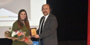 Dünyanın En İyi 10 Öğretmeninden Biri Olan Nurten Akkuş Kafkas Üniversitesi'nde
