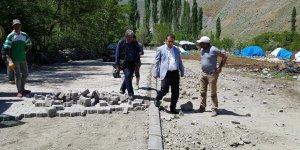 Kağızman Kaymakamı Ercan Öter'in köy ziyaretleri devam ediyor
