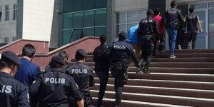Kars'ta FETÖ/PDY'den 14 asker gözaltında