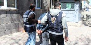 Kars'ta kablo hırsızları yakayı ele verdi